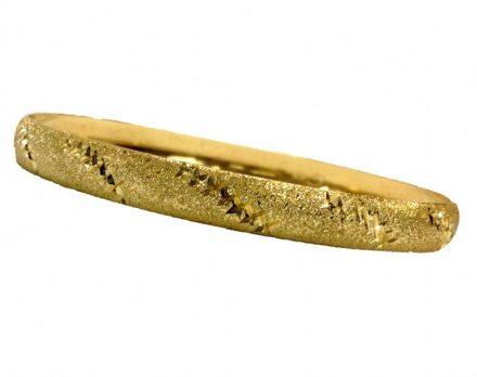 צמיד זהב 14K בחריטת יהלום אלכסונים משולב על רקע נצנץ בעבודת יד (2005)